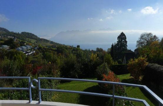 Jolie villa contigüe avec magnifique vue sur le Lac